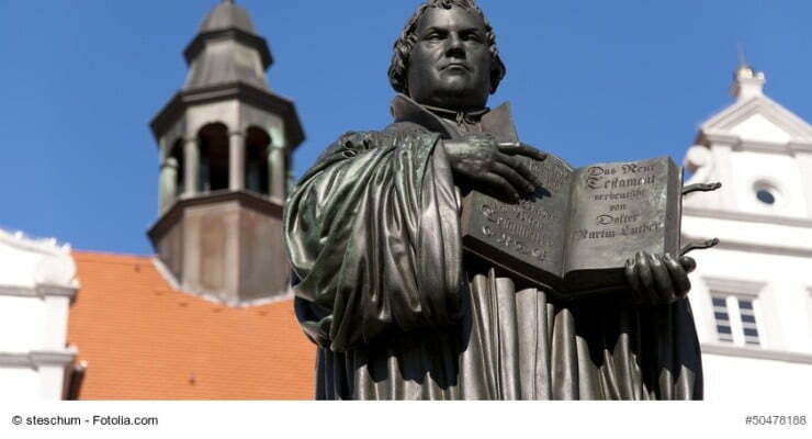 Luther_Fotolia_50478188_S_copyright - pass