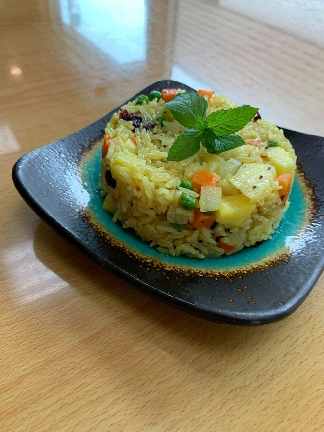 fried rice with yellow curry