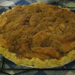 apple pie with streusel topping