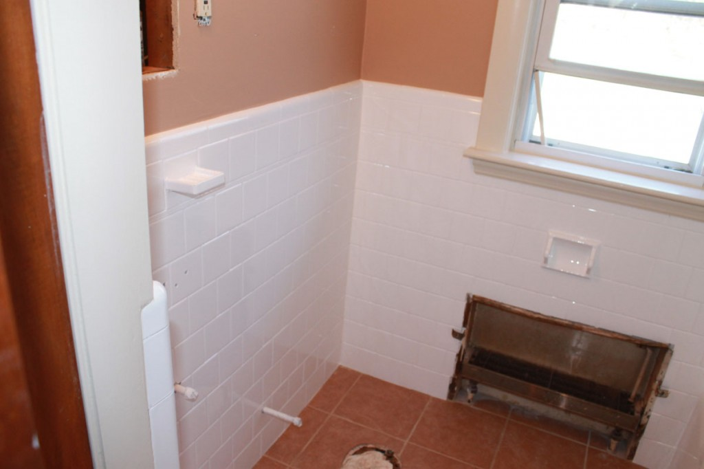 Bathroom wall tile reglazing project by Bay State Refinishing & Remodeling
