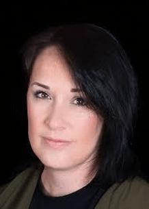 Photograph of Olivia Kiernan, author of the Frankie Sheehan series