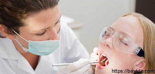 أنواع كسر الأسنان نتيجة حادث ما – فيديو