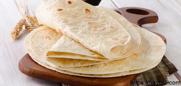 طريقة عمل الخبز اللبناني