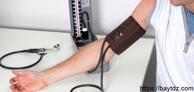 طريقة قياس ضغط الدم بالجهاز الزئبقي