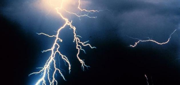كيف يتكون البرق والرعد