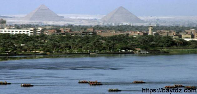 موضوع تعبير عن نهر النيل في مصر