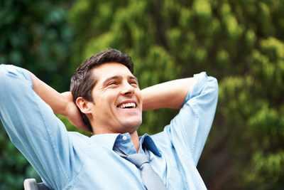 عشر قواعد لتحقيق السعادة في الحياة الى الابد