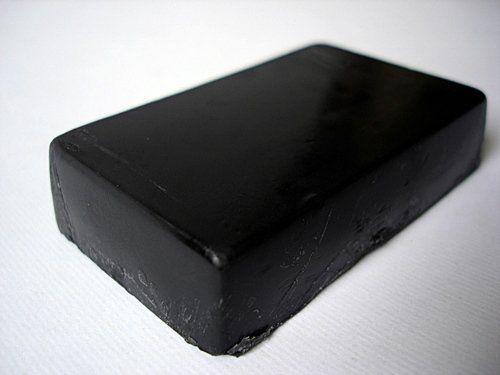 طريقة عمل صابون الفحم للوجه