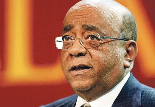 قصة نجاح الملياردير السوداني مو ابراهيم
