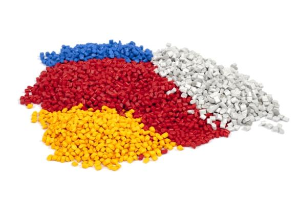 مشروع تصدير اللدائن ومصنوعاتها (اكثر المنتجات السعودية تصديرًا)