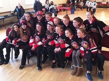 Oakville Hornet Midget Girls edged out the North Halton Twisters