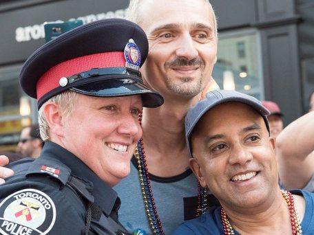 gay cop 1