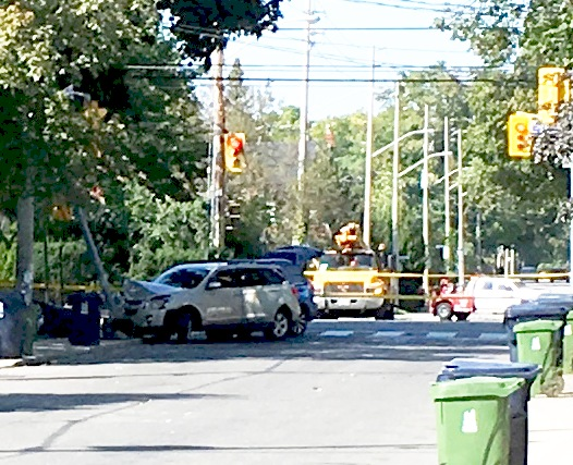 Woman, 60, in car that sparked Leaside manhunt Thursday