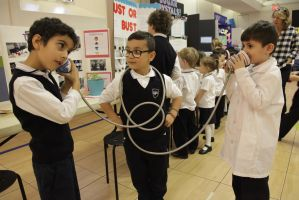 CGS kids probe the science of polar bears, solar pizza ovens