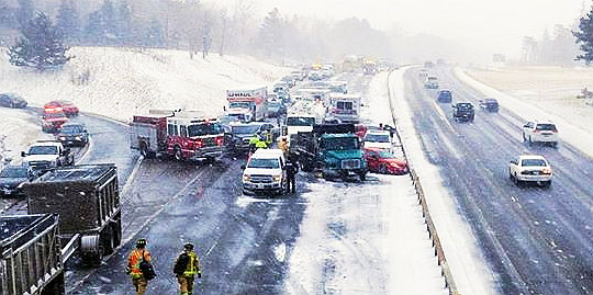 Hwy  400 tangle of 50 vehicles, just minor injuries to two