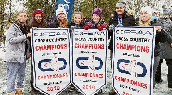 Leaside Cross Country girls/Helen Panayiotou
