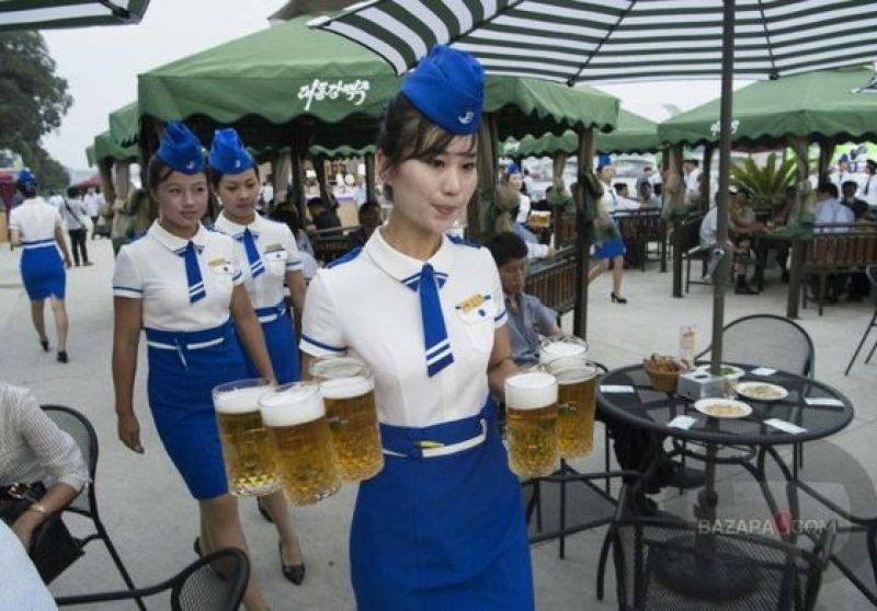 BeerFest_North_Korea_Bazara0(6)