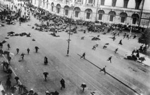 Расстрел февральской демонстрации на Невском проспекте. Петроград. Февраль, 1917