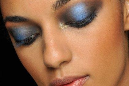 blue-smoky-eyes-jeremy-scott-spring-2013-makeup