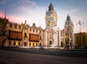 Plaza das Armas, Lima