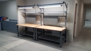 Tech bench, tek bench, LED lighting, Lab workbench, lab tech