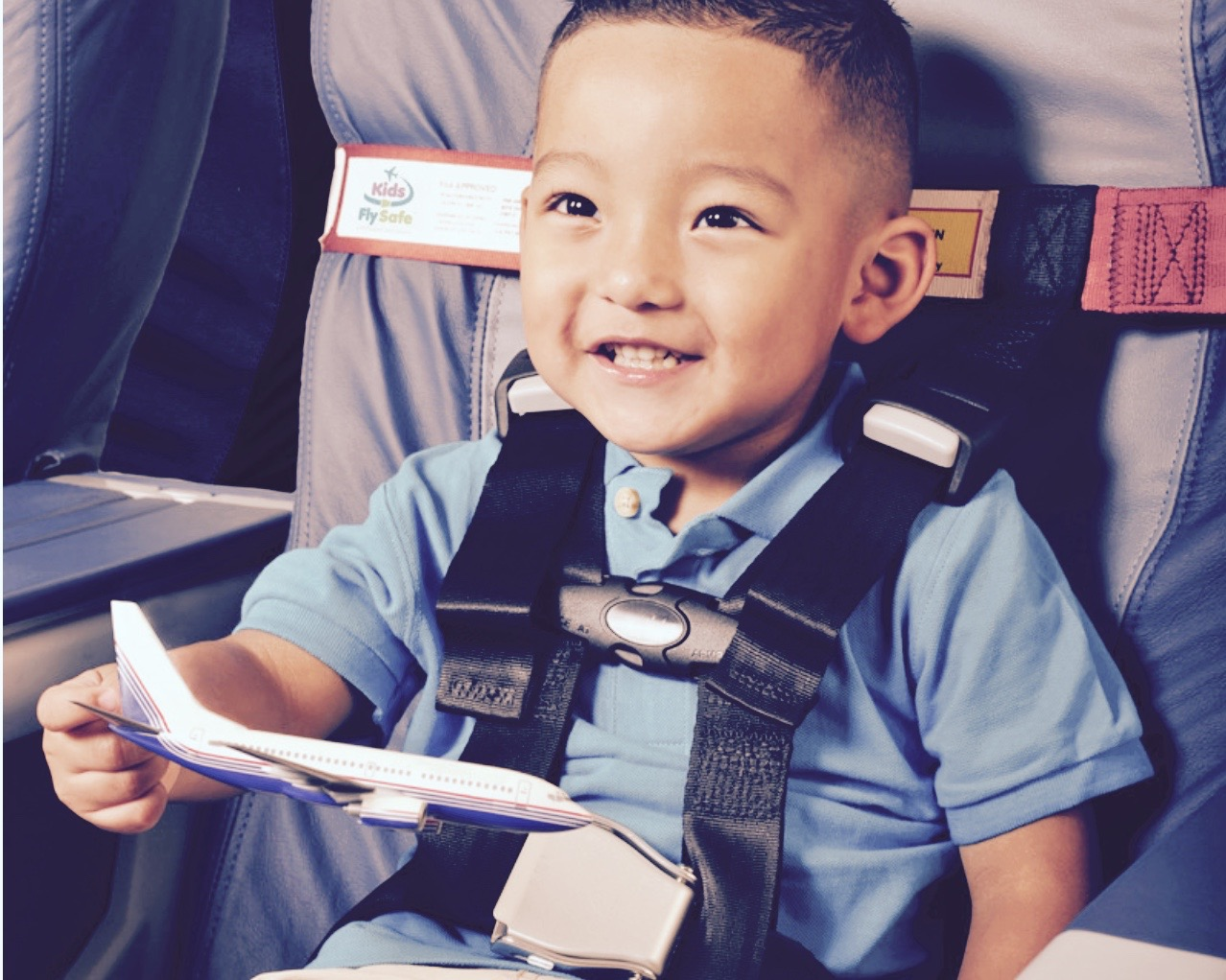 Cares Kids fly safe dispositif de retenue