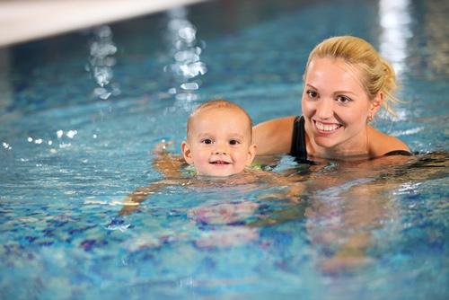 image of people in aquatics program