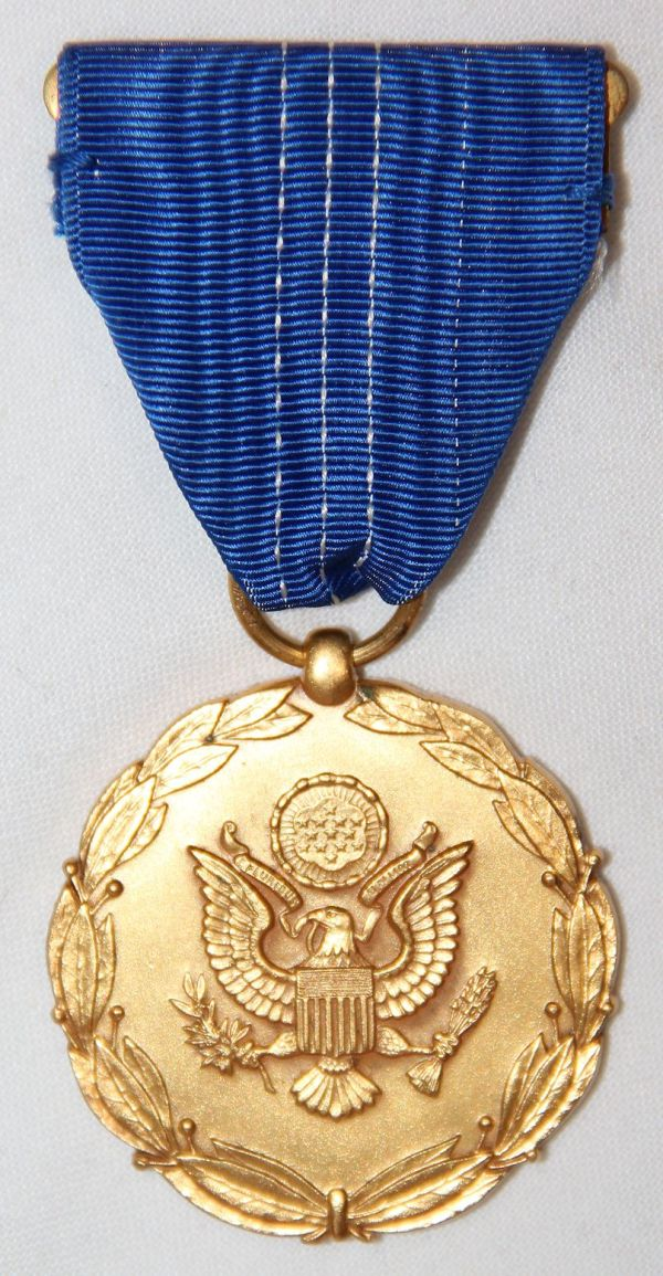 H001. WWII DEPARTMENT OF THE ARMY EXCEPTIONAL CIVILIAN SERVICE MEDAL