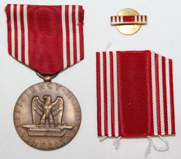 H002. WWII GOOD CONDUCT MEDAL W/ LAPEL PIN & EXTRA RIBBON