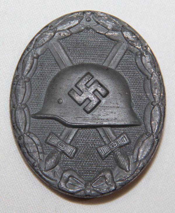 """Q002. WWII GERMAN SILVER WOUND BADGE, HALLMARKED """"26"""""""