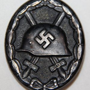 "Q003. WWII GERMAN BLACK WOUND BADGE, HALLMARKED ""32"""