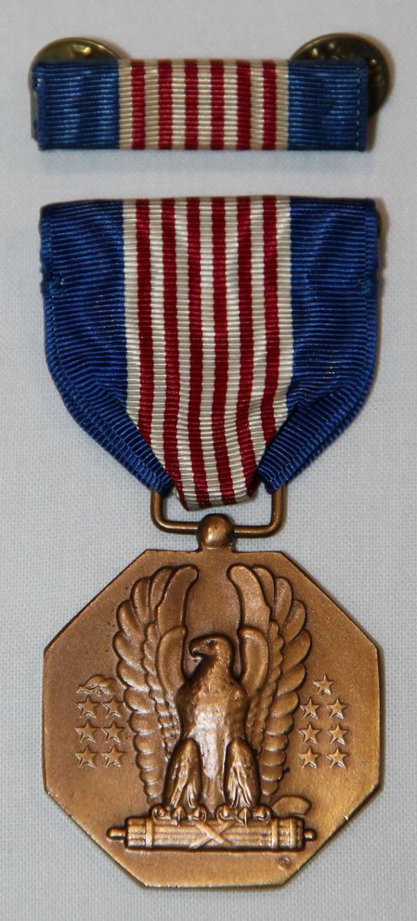 H016. WWII SOLDIERS MEDAL W/ RIBBON BAR