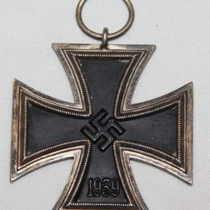 "Q015. WWII GERMAN IRON CROSS 2ND CLASS HALLMARKED ""86"""