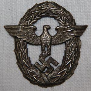 P010. WWII GERMAN 1ST PATTERN POLICE VISOR CAP EAGLE
