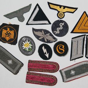 WWII GERMAN & JAPANESE CLOTH INSIGNIA, SHOULDER BOARDS, PATCHES, ARMBANDS, BREAST EAGLES, RATES