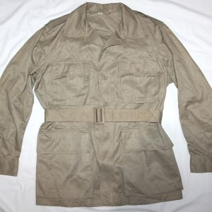 S089. NICE 1957 DATED TROPICAL BUSH JACKET WITH BELT