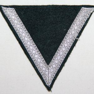 O.112. WWII GERMAN ARMY GEFREITER RANK CHEVRON