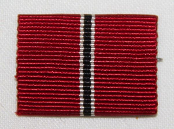 Q048. WWII GERMAN EASTERN MEDAL OR RUSSIAN FRONT RIBBON BAR