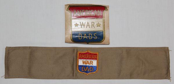 I001. WWII AMERICAN WAR DAD ARMBAND W/ PATCH & WINDOW DECAL