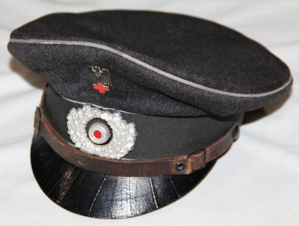 L008. WWII GERMAN EM/NCO RED CROSS VISOR CAP