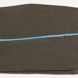 C013. WWII GABARDINE WOOL OVERSEAS GARRISON CAP W/ INFANTRY PIPING