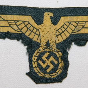 O.046. WWII KRIEGSMARINE COAST ARTILLERY EM/NCO UNIFORM BREAST EAGLE