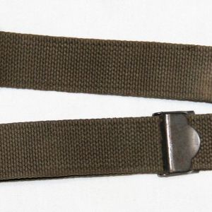E046. WWII 1944 DATED OD WEB RIFLE SLING WITH HARDWARE