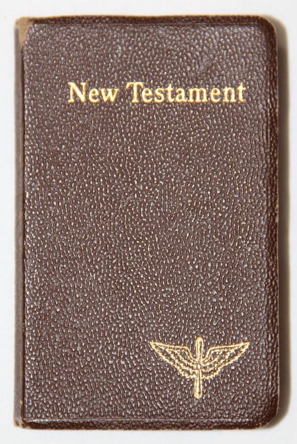 J017. WWII NAMED AAF NEW TESTAMENT POCKET BIBLE AND MORE