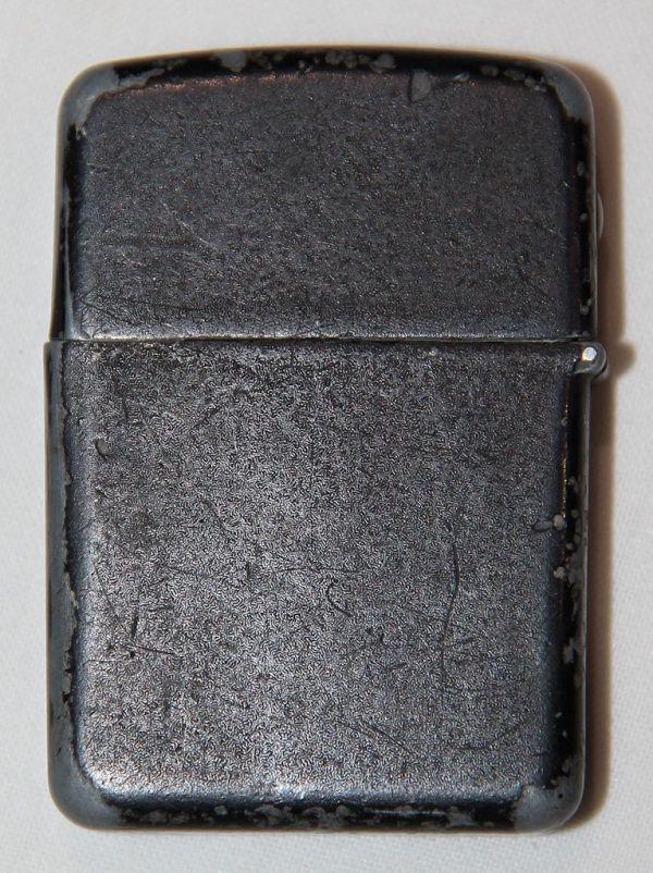 E054. WWII BLACK CRINKLE FINISH WIND PROOF, ZIPPO STYLE, LIGHTER