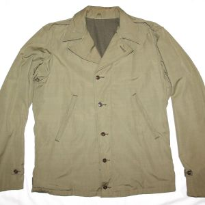 D018. NICE WWII M-41 COMBAT FIELD JACKET, 1942 DATED