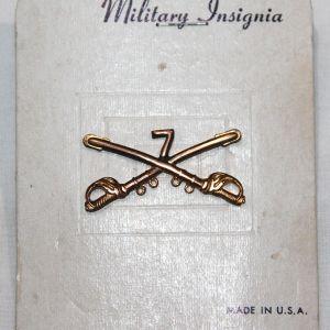 S033. KOREAN WAR ERA 7TH CAVALRY OFFICERS COLLAR INSIGNIA