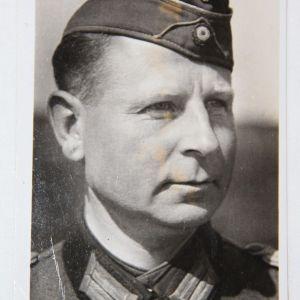 R030. WWII GERMAN OBERST LEHMANN POSTCARD COMMANDER 409TH GRENADIER REGIMENT
