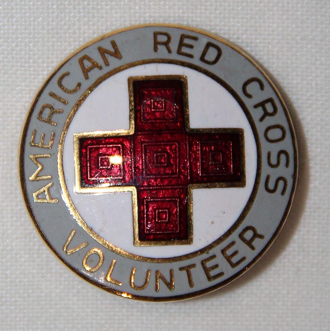 I026  WWII AMERICAN RED CROSS VOLUNTEER PIN - B & B Militaria