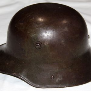 B073. WWI GERMAN M16 COMBAT HELMET WITH LINER